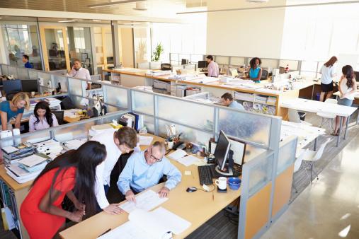 busy-office-64c7256c382f52a0ccbe53983f362e20f3bacd84