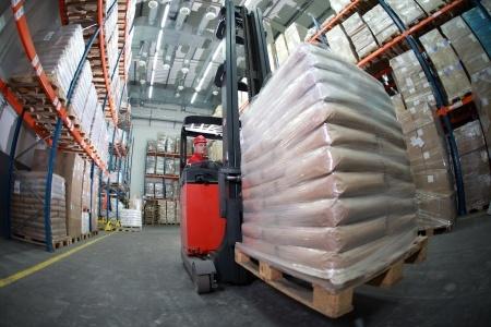 forklift_warehouse-78b35924b9889fdbef426b24d879de3beda9c6b1