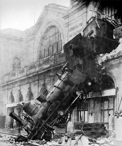 400px-Train_wreck_at_Montparnasse_1895-5324e8c2be8bc6a9e20d90290f650557a5e76f91