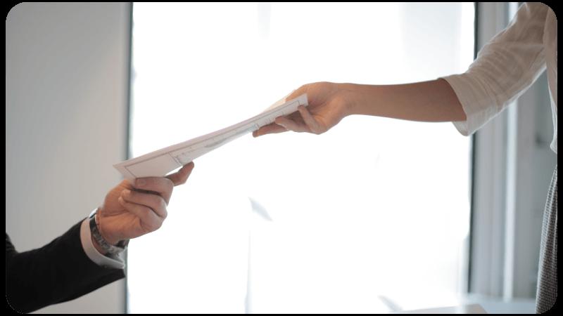 automating manual processes - hiring | Comidor